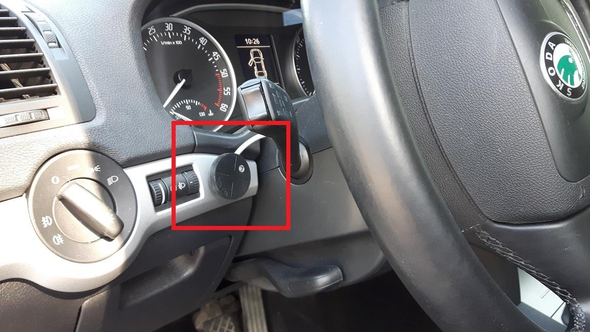 Kuljettajatunnistus ajoneuvossa